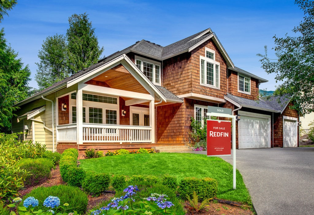 A beatiful home awaits its new owners as they begin their final walk through, checklist in hand
