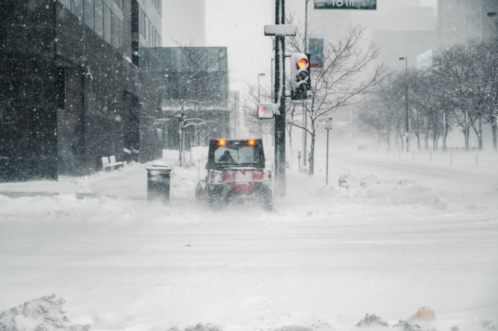 blizzard in city with high storm risk